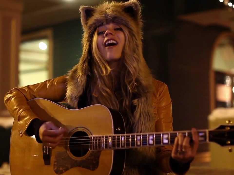Amrican singer-songwriter Natalie Gelman