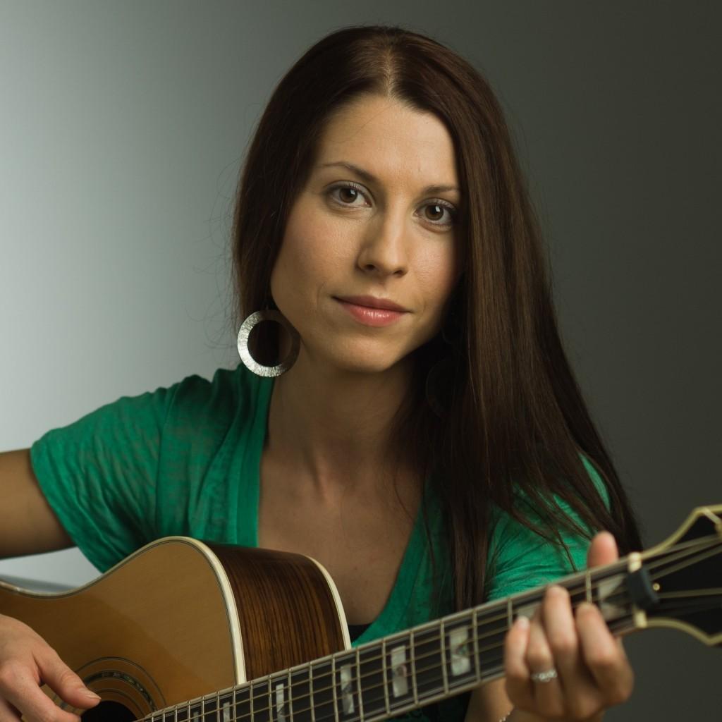 Singer-Songwriter Natasha Borzilova