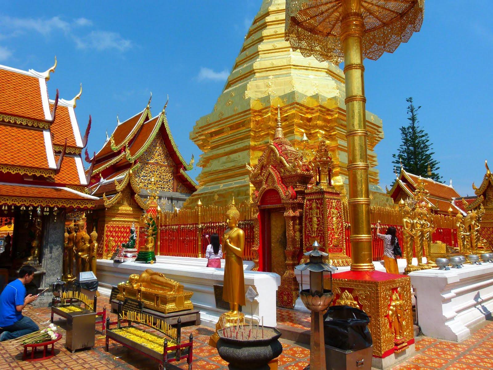 Interior of Wat Phrathat Doi Suthep